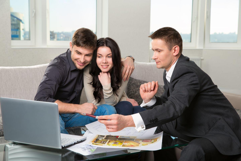 Para podejmuje decyzje o zakupie mieszkania